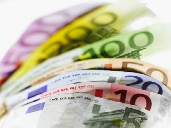 El endeudamiento externo y los impuestos